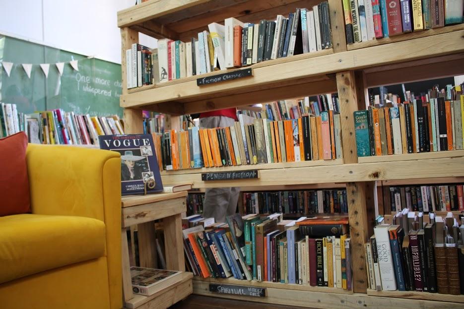 Vintage Fair old book shop